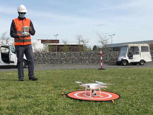 Télépilote relevé par Drone