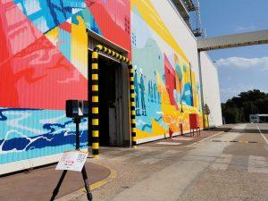 Scanner Laser 3D sur trépied site industriel